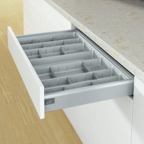 Range-couverts OrgaTray 570 pour tiroir ArciTech HETTICH