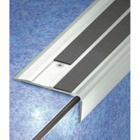 nez de marche antid rapant protection escalier bricozor. Black Bedroom Furniture Sets. Home Design Ideas
