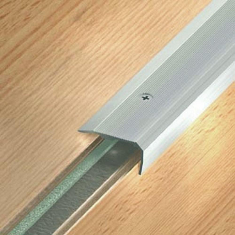 nez de marche aluminium pose int rieur et ext rieur small 43 v dinac bricozor. Black Bedroom Furniture Sets. Home Design Ideas