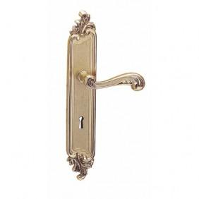 Poignée de porte sur plaque - laiton patiné - Louis XV CADAP