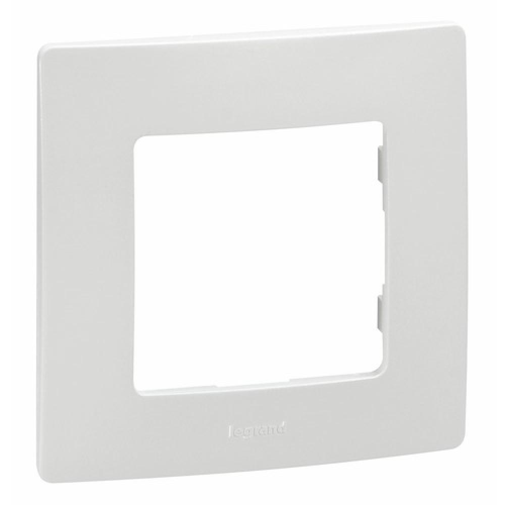 plaque blanche pour appareillage lectrique nilo legrand bricozor. Black Bedroom Furniture Sets. Home Design Ideas