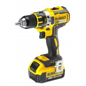 Perceuse-visseuse compact 18 V + 2 batteries XR - DCD790D2 DEWALT